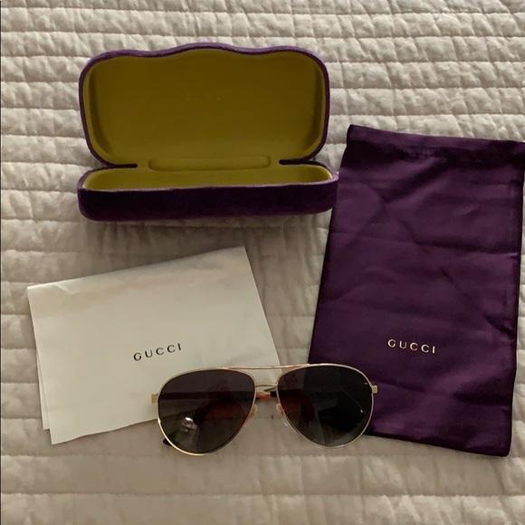 8d3be1e4b5f0 Gucci Accessories | Polarized Gold Aviator Sunglasses | Poshmark